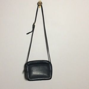 Coach • Vintage Crossbody Leather Bag